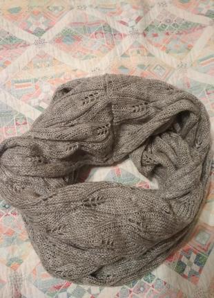 Ажурный шарф хомут с перфорацией