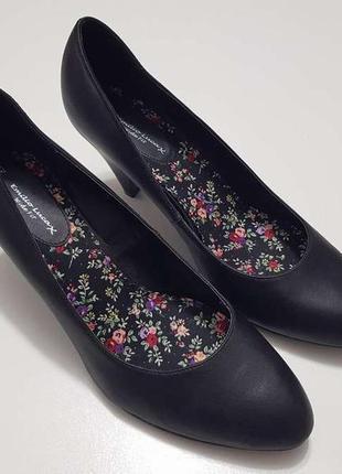 Туфли на широкую ногу emilio luca, 42р. 28,5 см. как новые!