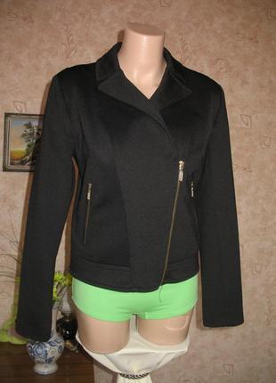 Куртка черная размер 10/38