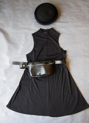 Черное трикотажное платье в мелкую резинку с воротником стойкой new look