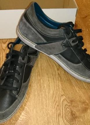 Спортивні туфлі geox