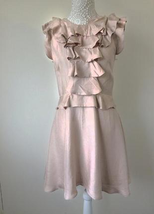 Нежное, шелковое платье цвета пудры, нюдовое, сатиновое с воланами, жабо, рюши, баска xs