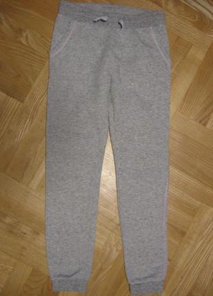 Спортивные штаны h&m 140-146