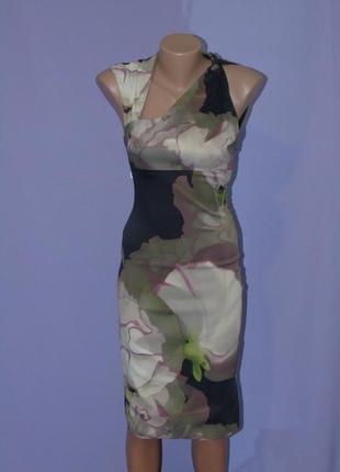 Брендовое платье 8 размера