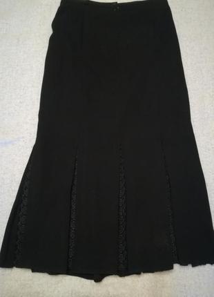 Длинная черная юбка с кружевными вставками фирмы rosa  aleyna, размер 44