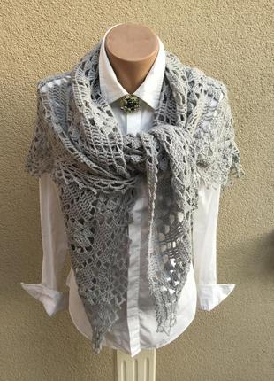 Вязанная,ажурная,трикотажная шаль,косынка,платок,накидка,ручная работа,эксклюзив