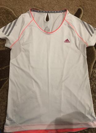 Спортивна,фірмова,жіноча футболка
