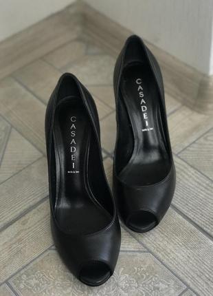 Туфли лодочки casadei