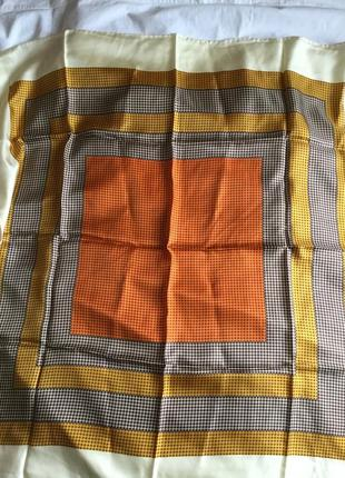 Платок шелковый с принтом , роуль
