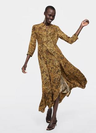 Трендовое,невесомое платье-рубашка,в змеиный принт/рептилия,вискоза