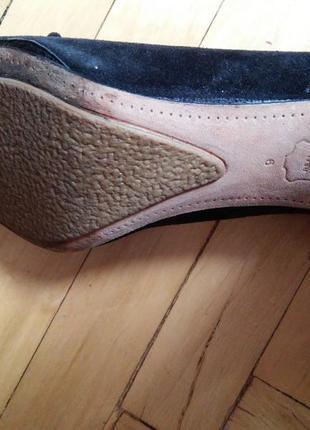 Фирменные с натуральной кожи и замша туфли на среднем каблуке5