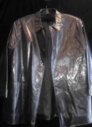 Куртка дождевик серебристого цвета