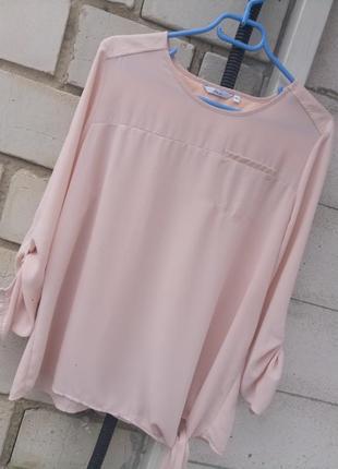 Пудровая блуза с камнями вставками раз. xl