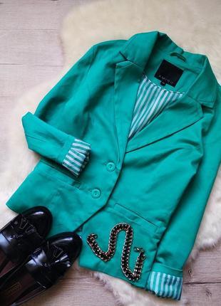Яркий пиджак жакет от amisu