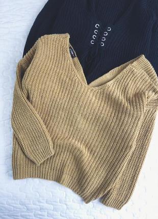 Очень стильный свитер qed london