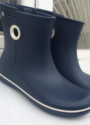Резиновые сапоги crocs jaunt shorty boot1