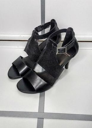 Босоножки кожаные vagabond 36 размер кожа черные cd030ca259798
