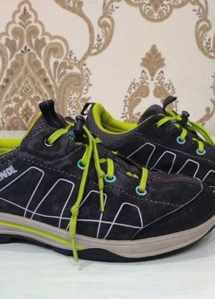 Замшевые кроссовки meindl 35 размер