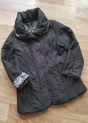 Фирменная, осенняя куртка