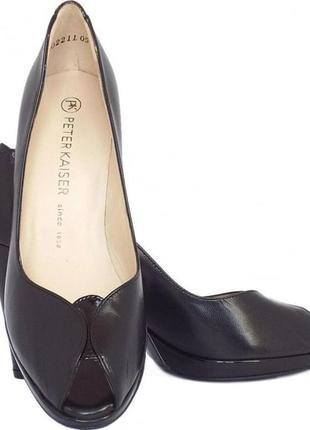 Элегантные кожаные черные туфли peter kaiser