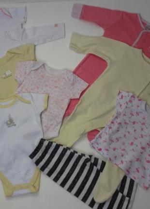 Бодики, человечки пакетом 10 шт. на 3-6 месяцев девочке.