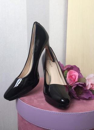Классические туфли лаковая кожа coach на высоком каблуке, новые!
