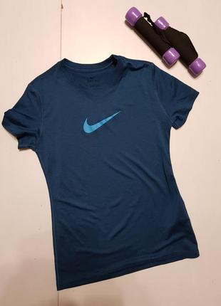 Спортивная футболка на 10_12 лет