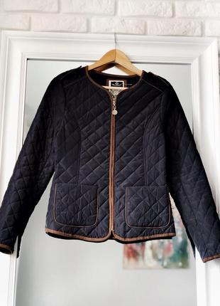 Синяя стеганая весенняя куртка на молнии короткая размер s