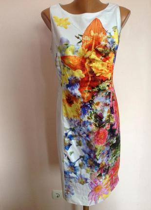 Суперовое прямое коктельное  коктельное платье в цветы. /l/ brend promiss