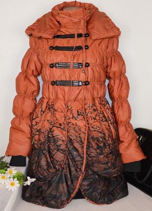 Брендовая оранжевая демисезонная утепленная куртка karla design синтепон этикетка