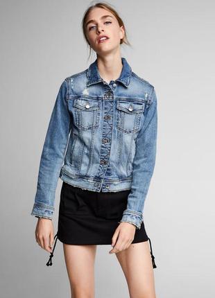 Стильная джинсовая куртка от zara