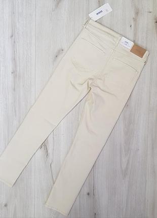 Белые стрейчевые джинсы h&m 27,28,светлые бежевые джинсы,бежевые крутые джинсы5