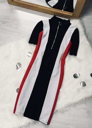 Плаття на замочку з кільцем від prettylittlething♥️
