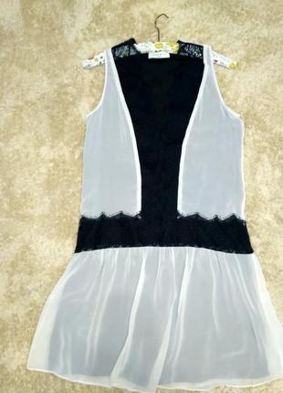 Плаття з ажурними вставками
