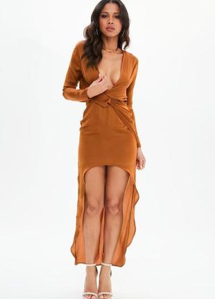 Особенное сатиновое ассиметричное платье