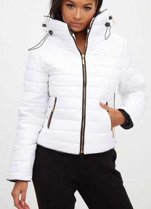 Новая роскошная куртка prettylittlething! замочки/капюшон/высокий воротник! белая.