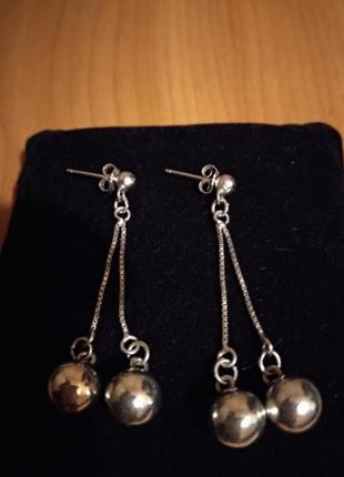 Серебряные серьги шарики на цепочках