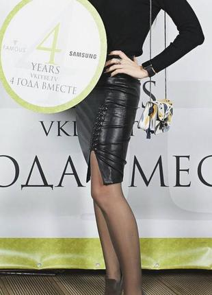Стильная кожаная юбка mohito