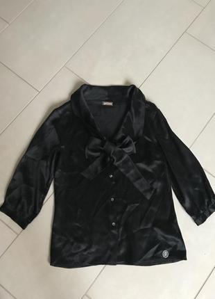 Блузочка шелковая дорогой бренд john galliano размер s-m