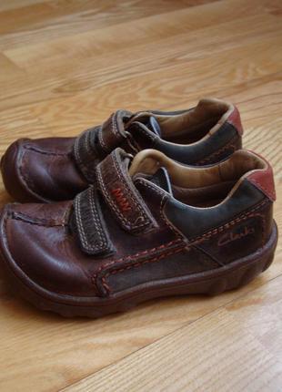 Кросівки, кеди (кроссовки, кеды)