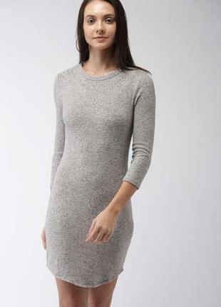Обнова! платье футляр серое длинный рукав в рубчик h&m