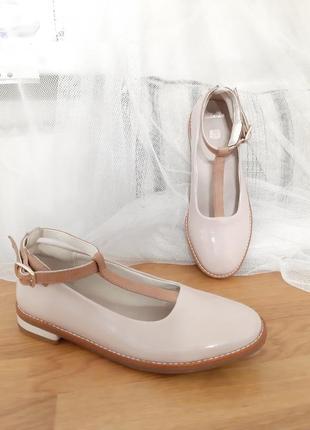 Кожаные лаковые туфли лодочки балетки 32 размер