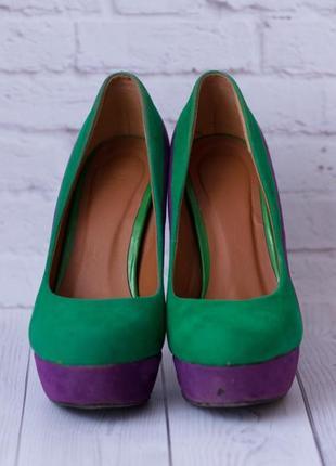 Весняні туфлі