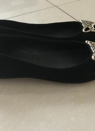 Туфлі балетки шикарні нові чорні замшеві р.38