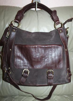 Большая сумка из натуральной кожи и замши бренда clarks