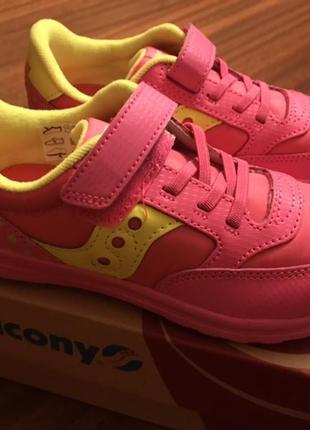Оригинал saucony девочке оригинал кроссовки 28-28,5 размеры