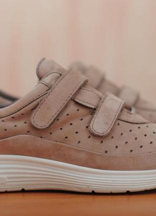 Кожаные женские коричневые кроссовки на липучках hotter. 37 размер. оригинал