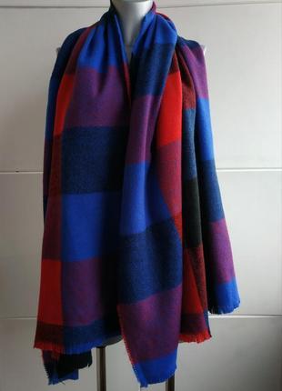 Большой стильный мягкий и тёплый  шарф dorothy perkins с красивыми клетчатым узором