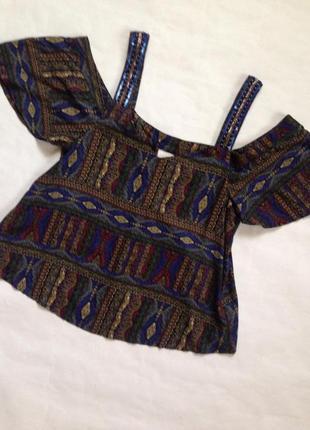 Блуза с открытыми плечами, бохо-стиль
