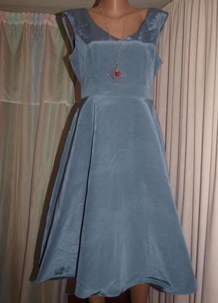 Красивое платье (s-m замеры) с отблеском, под поясок, серо-голубое, превосходно смотрится
